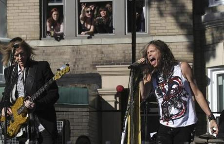 Boston, MA- 11-3-12 - Tom Hamilton and Steven Tyler and their mates from Aerosmith play a show on Commonwealth Ave where they use to live. (Globe staff photo / Bill Greene) section: g,reporter:shanahan topic: aerosmitrh