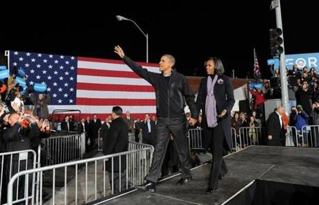 President Obama and Michelle Obama greeted supporters at their campaign's final rally, in Des Moines, Iowa.