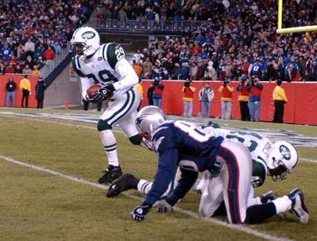 Donnie Abraham picked off this Tom Brady pass in the fourth quarter.