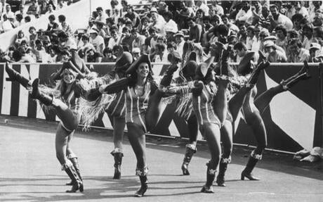 August 20, 1978 : The Patriettes unveiled their new Patriot outfits and disco dance routine during a pre-season game with the Kansas City Chiefs. The cheerleaders were clad in blue and white striped leotards, red blouses with full sleeves and red, white and blue boots.