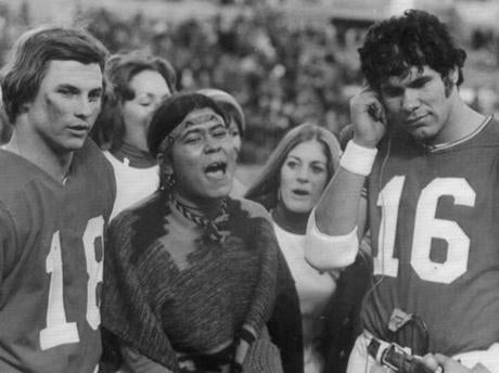 December 5, 1971: Randy Vataha, whose birthday was December 4th, and Jim Plunkett, whose birthday was December 5th, got serenaded before the game with the Dolphins. They celebrated their 34-13 victory over Miami afterward.