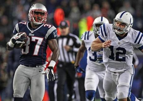 Patriots cornerback Alfonzo Dennard also returned an interception for a touchdown.