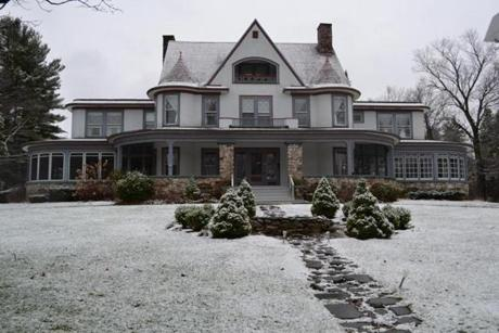 The 1908 Mulburn Inn in Bethlehem, N.H., was built as a summer home for the Woolworth family, one of many who traveled north from New York and Boston for mountain respites.