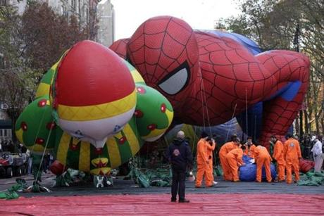 The Chloe and Spider-Man balloons got ready for their big day.