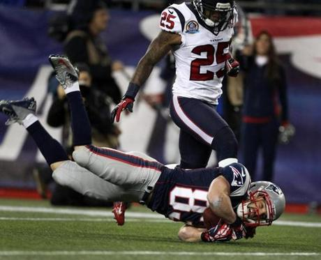 Patriots wide receiver Wes Welker made a nice acrobatic catch of a pass from Tom Brady (not pictured) that was good for 25 yards and gave New England the ball at the Houston 4-yard line.