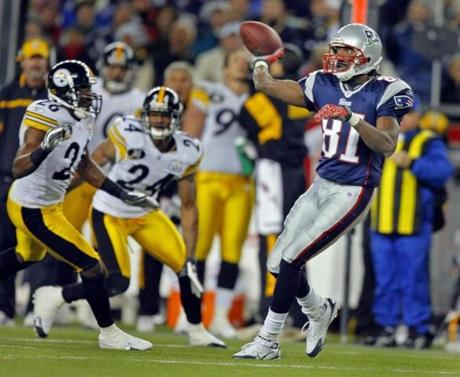 Jabar Gaffney's touchdown came after Randy Moss tossed the ball back to Tom Brady on a trick play.