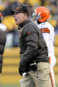 Pat Shurmur coached his final game for the Browns on Sunday.