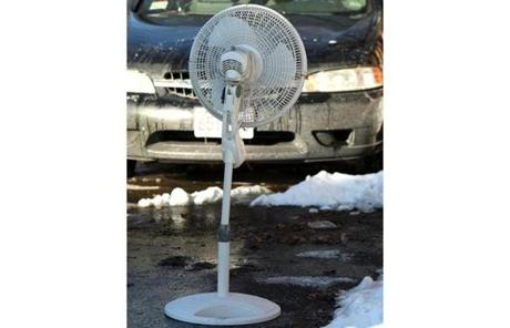 An oscillating fan in South Boston.