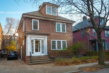 72 Salisbury Road/Brookline