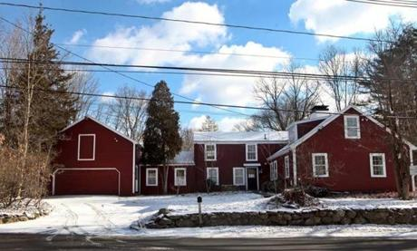 This 1781 historic farmhouse looks like a quintessential New England home, but the inside offers renovated accommodations.