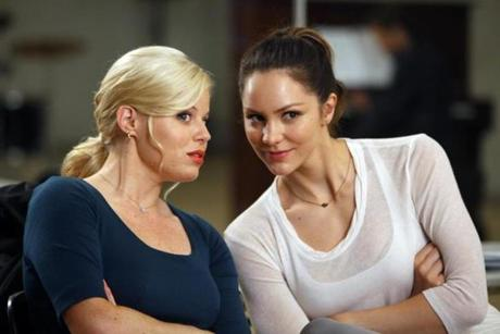 From left, Megan Hilty (as Ivy Lynn) and Katharine McPhee (as Karen Cartwright).