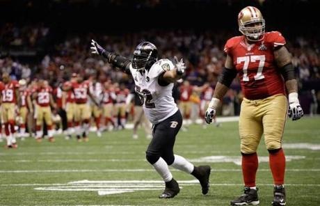 Ray Lewis reacted after the Ravens stopped the 49ers on a fourth-and-goal from the five.