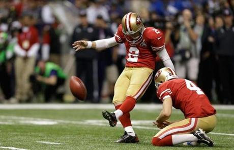Two field goals by David Akers accounted for the 49ers' points in the first half.