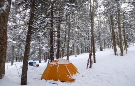 The snowy campsite in the early morning.