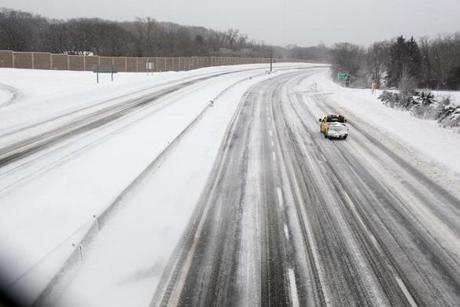 Cars were scarce on Route 128 Southbound in Newton during the driving ban.