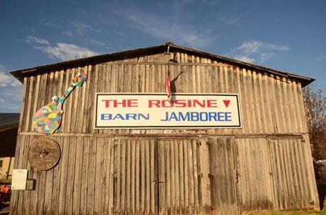 Exterior shot of the Rosine Barn, where the Rosine Barn Jamboree is held on Friday nights.