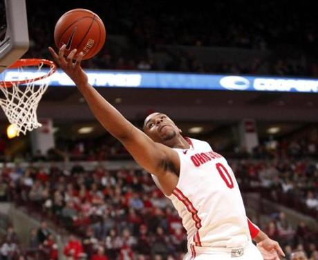 Ohio State's Jared Sullinger (0) grabs a rebound during the second half of an NCAA college basketball game against Northwestern, Wednesday, Dec. 28, 2011, in Columbus, Ohio. Ohio State won 87-54. (AP Photo/Terry Gilliam) NYTCREDIT: Terry Gilliam/Associated Press