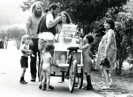 June 9, 1971:  One could cool off with ice cream from a bicycle vendor on the Fenway. Then there's a second way!