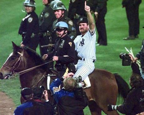 Boggs went to the Yankees as a free agent in 1993, and then rode a police horse around Yankee Stadium after the team defeated the Braves to win the 1996 World Series.