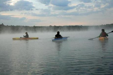19healthy - Guests at Kripalu can take add kayaking to a mix that includes yoga classes, cooking demonstrations, workshops, and concerts. (Courtesy of Kripalu)