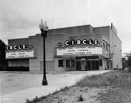 The Cleveland Circle cinema, circa 1940.