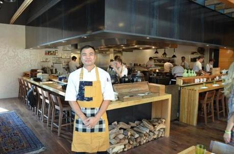 Restauraeur Paul Qui has opened Qui, which highlights his Japanese cooking training and his Filipino roots.