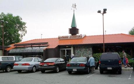 The exterior of the Howard Johnson's restaurant on the Mohawk Trail.