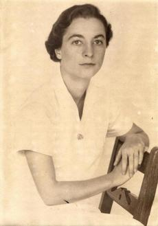 A photos of Doris Lindo Lewis provided by the family. Possibly taken in Havana, Cuba around 1940.
