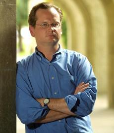 A lawsuit filed by Lessig says the record firm is stifling his free speech rights.
