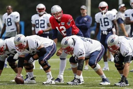 The protectors of Tom Brady will remain largely the same group as last season.