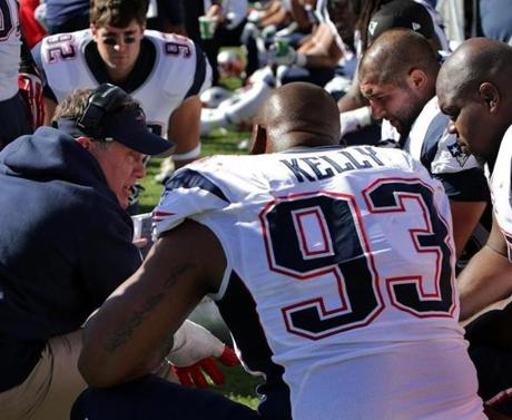 Patriots head coach Bill Belichick talked to his defense on the sidelines.