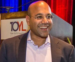 Niraj Shah of Wayfair.com says Boston start-ups are at a disadvantage due to lack of presence on tech blogs; the city needs more media presence.