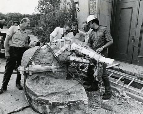 August 3, 1978 : The one-ton elephant head sculpture which hung over the doorway of the Elephant House at Franklin Park Zoo had its trunk smashed into hundreds of pieces as it was being removed. It was being removed because the Elephant House was being demolished as the first step of a $25 million reconstruction project