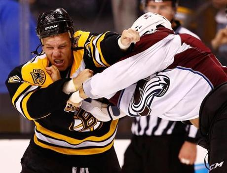 Shawn Thornton fought with Colorado's Patrick Bordeleau during the second period.