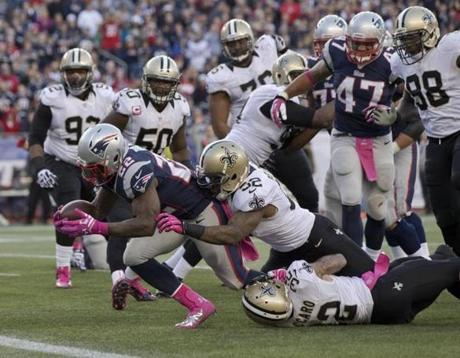 The Patriots' Stevan Ridley dove into the end zone for a touchdown.