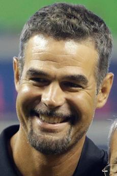 MIKE LOWELL: Enjoying work with MLB Network