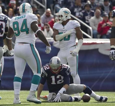 The Dolphins took an early lead as they played the Patriots at Gillette Stadium.