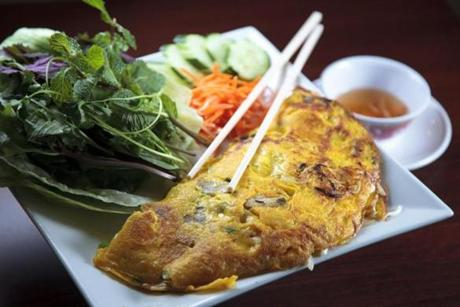 Banh xeo, a Vietnamese crepe stuffed with shrimp, pork, and bean sprouts, at Kiengang in Everett.