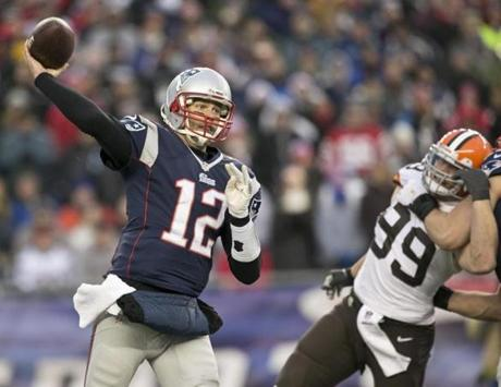 Brady threw a 6-yard pass in the fourth quarter.