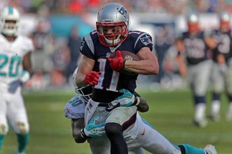 The 24-yard catch-and-run touchdown put the Patriots ahead of the Dolphins.