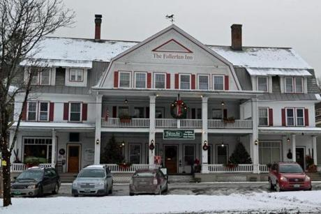 The Fullerton Inn is a landmark on The Common.