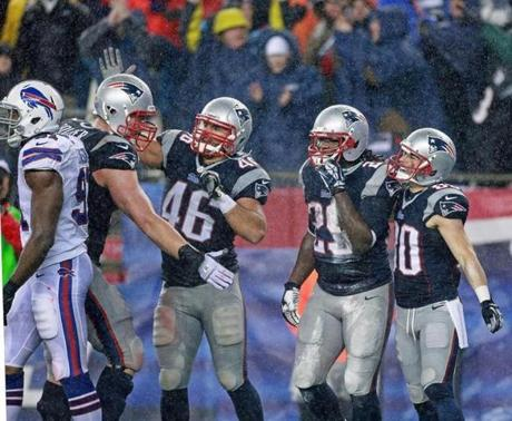 The Patriots also sewed up the No. 2 seed in the AFC.