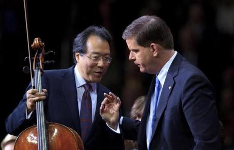 Yo-Yo Ma had a few quick words for Martin Walsh before Walsh was sworn in as mayor.