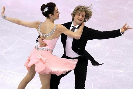 Meryl Davis and Charlie White blew away the competition with a score of 80.69 to set a record for the national championships.
