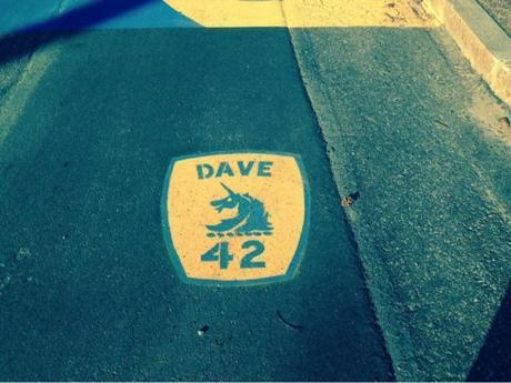 Jack Leduc painted a memento for Dave McGillivray near the start of the Boston Marathon course.
