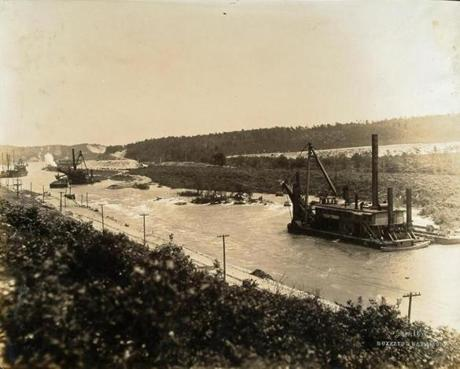 A dredger digging the Cape Cod Canal in 1914.