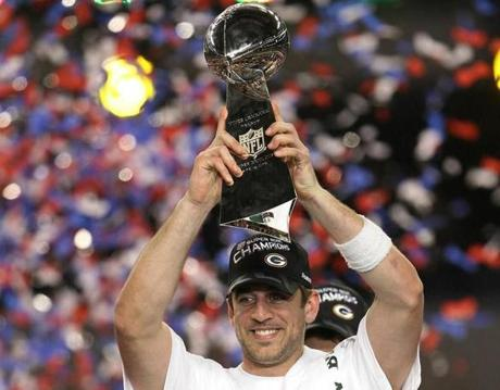Aaron Rodgers led the Packers to a championsjup in Super Bowl XLV, something Favre had done in Green Bay 14 years earlier.