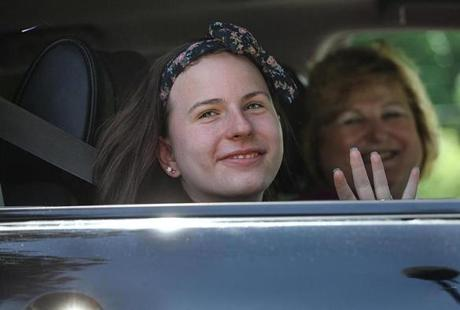 Justina Pelletier waved Wednesday as she left the JRI Susan Wayne Center for Excellence in Thompson, Conn.