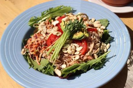 20travfood - Raw pad thai at Superfresh! Organic Cafe. (Superfresh! Organic Cafe)