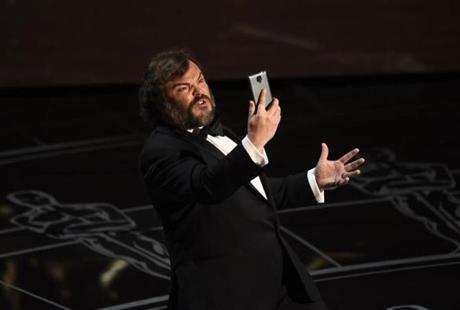 Jack Black performed during the beginning musical sequence.